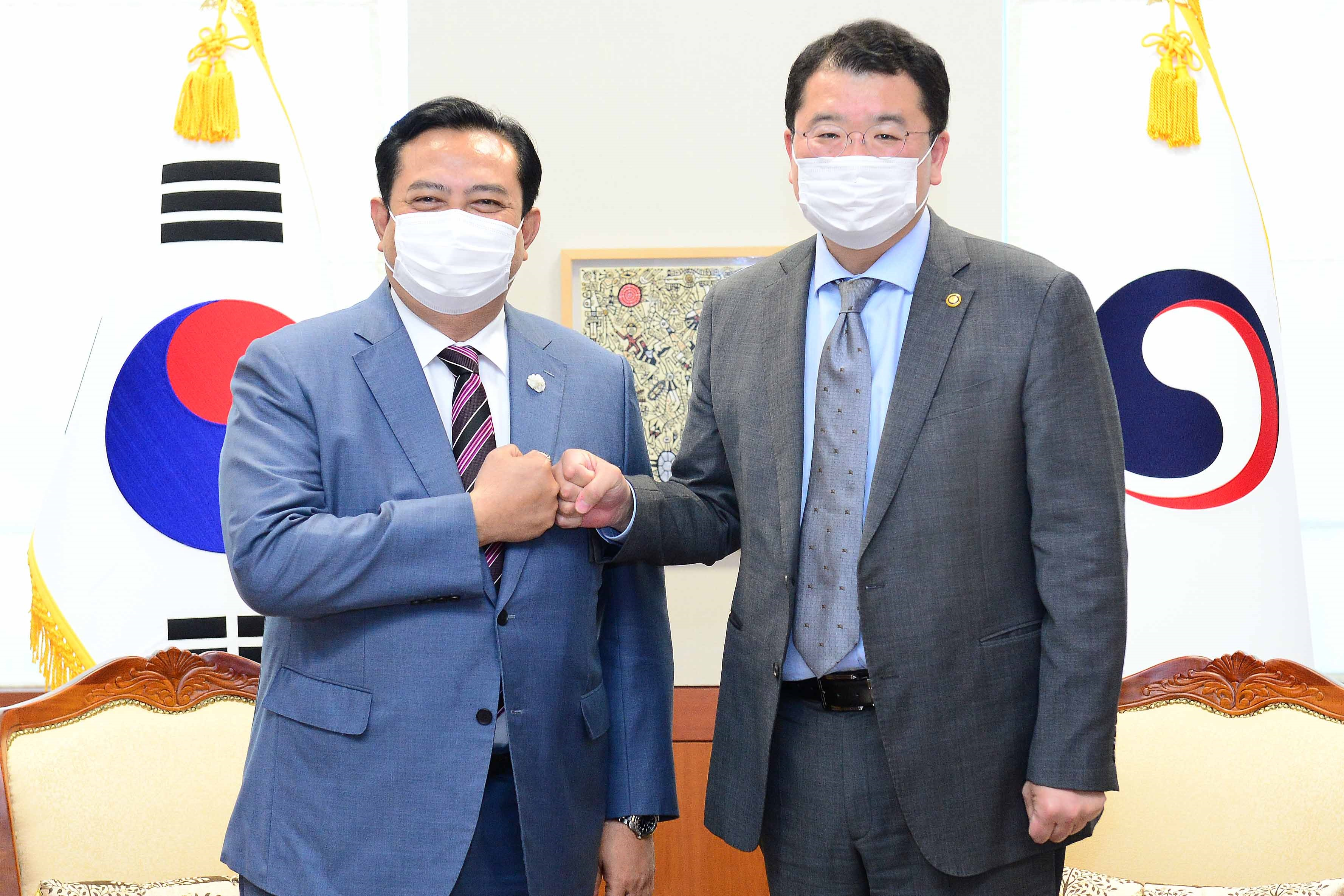 Vice Minister of Foreign Affairs Choi Meets with Indonesian Ambassador to ROK