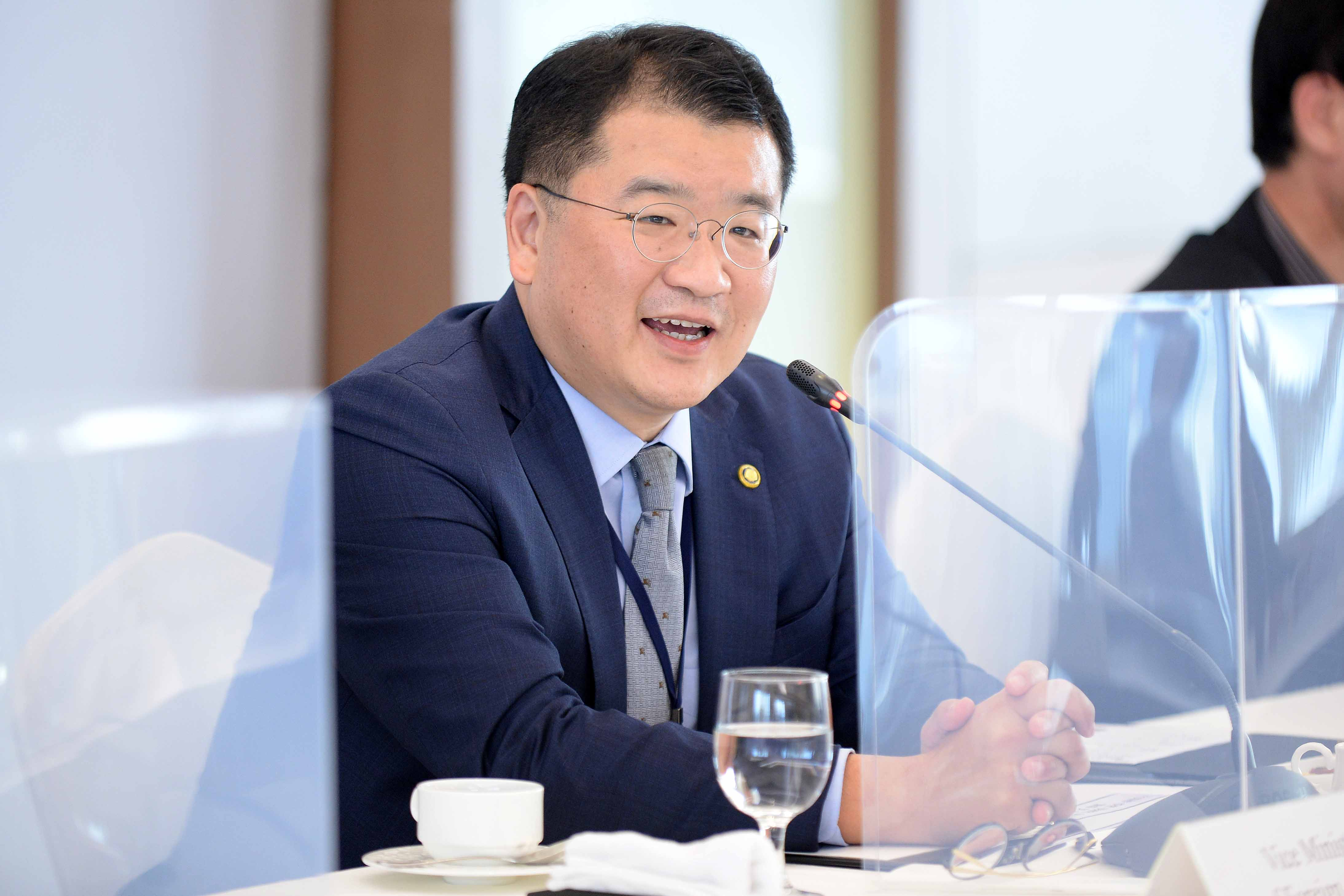 Vice Minister of Foreign Affairs Choi Holds Virtual Meeting with Leadership of American Jewish Committee (AJC)