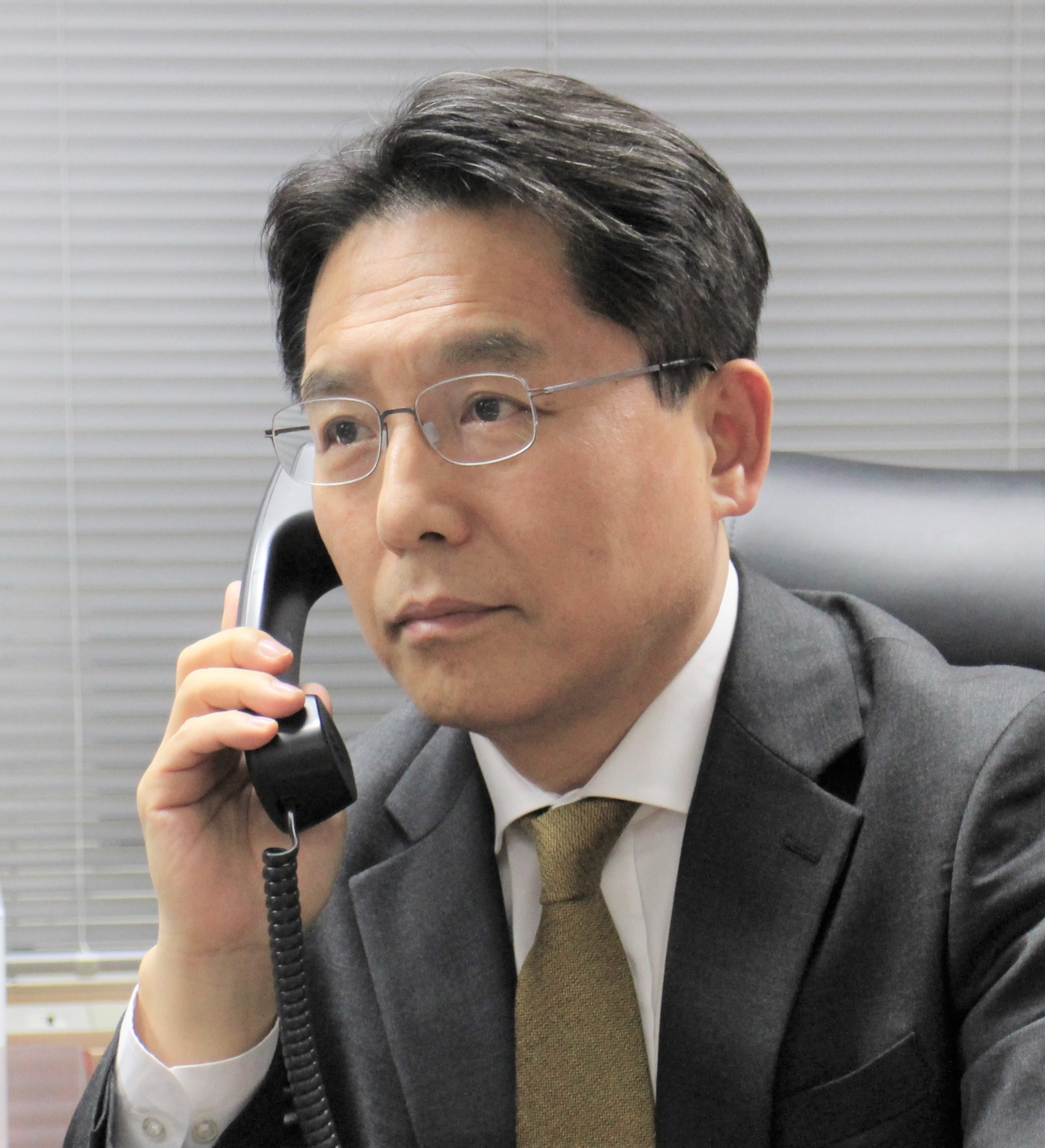 Telephone Conversation between Special Representative for Korean Peninsula Peace and Security Affairs and Minister of State at Federal Foreign Office of Germany