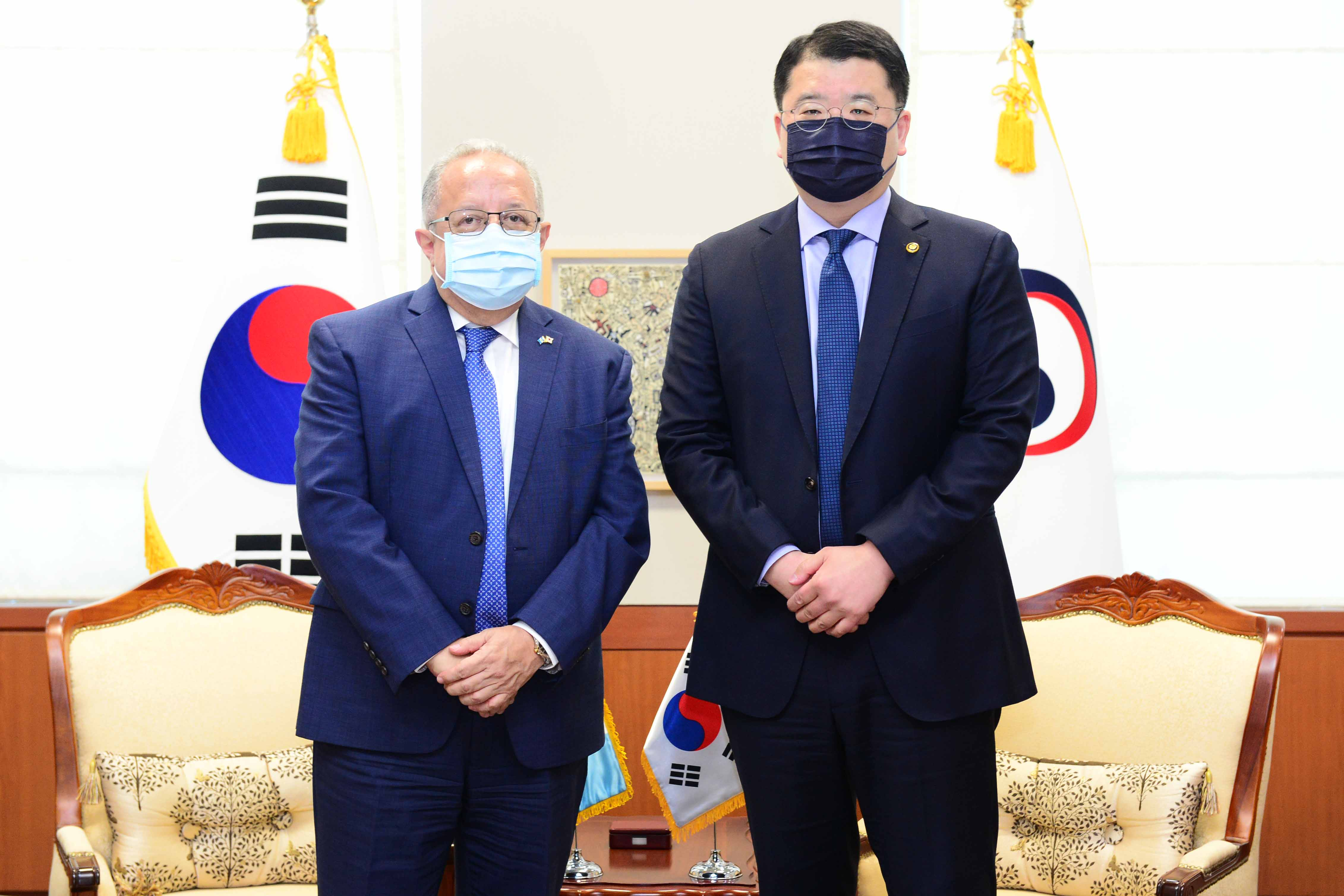 Meeting between Vice Foreign Ministers of Korea and Guatemala
