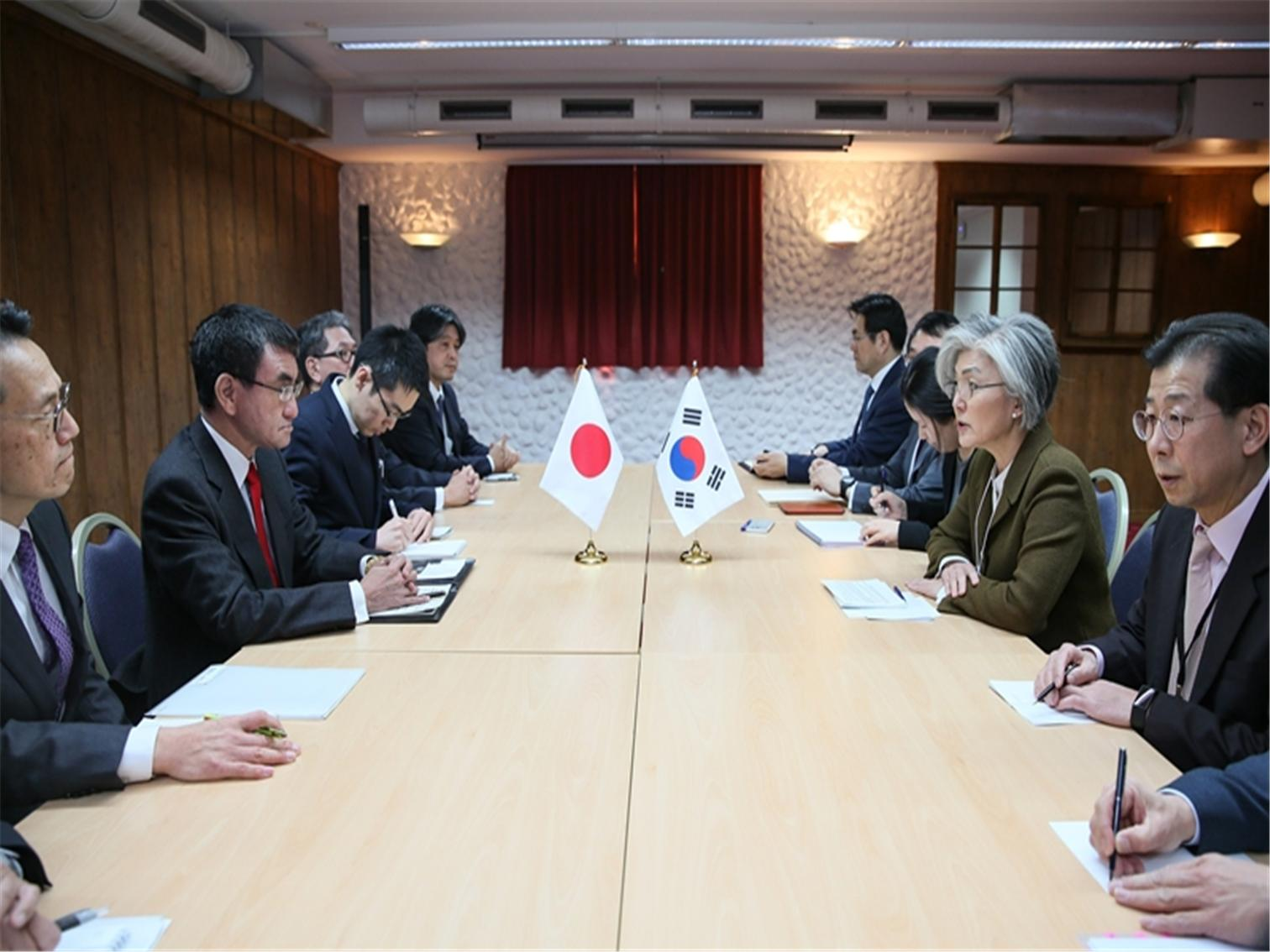 Outcome of ROK-Japan Foreign Ministerial Meeting Held on Occasion of Davos Forum 2019