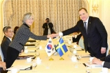 Minister of Foreign Affairs Meets with Prime Minister of Sweden Stefan Löfven