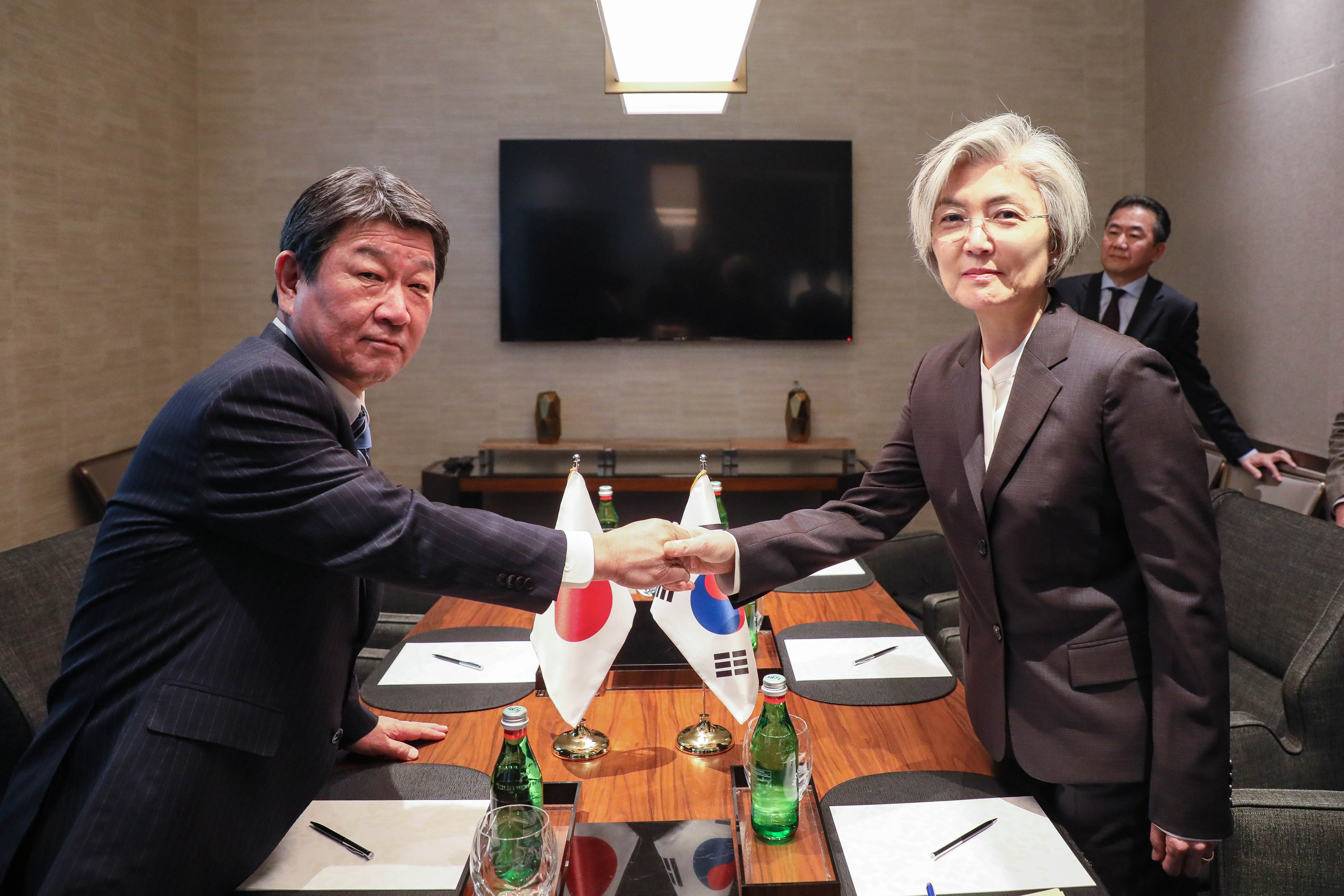Outcome of ROK-Japan Foreign Ministers' Meeting