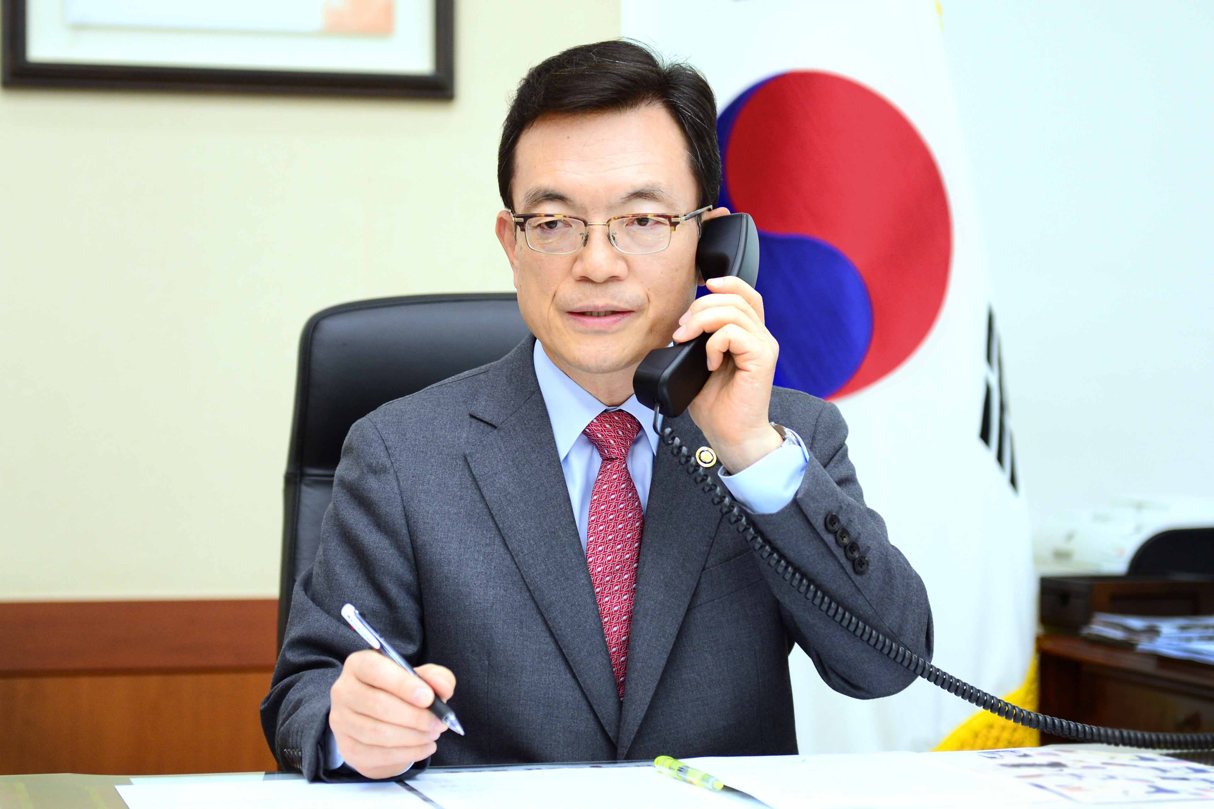 Outcome of Teleconference on COVID-19 Response between Vice Minister of Foreign Affairs Cho and his Counterparts